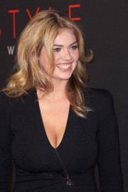 Kate-Upton---10th-Style-Awards---16.md.jpg