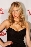 Kate-Upton-2011-SI-Swimsuit-On-Location---07.md.jpg