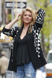 Kate-Upton-Vogue-UK-Photoshoot-2014-15.md.jpg