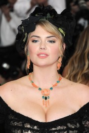 Kate-Upton-Charles-James-Beyond-Fashion-Vettri.Net-044.md.jpg