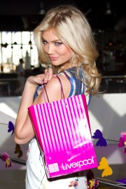 Kate_Upton_LFF-SS-2012-Photocall_Vettri.Net-40.md.jpg