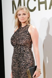 Kate-Upton-New-Gold-Collection-Fragrance-Launch-20.md.jpg
