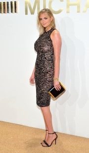 Kate-Upton-New-Gold-Collection-Fragrance-Launch-46.md.jpg