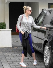 Kate Upton Workout Session in Los Angeles 2019 08