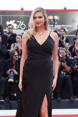 Kate-Upton---Marriage-Story-76th-Venice-Film-Festival-29.md.jpg