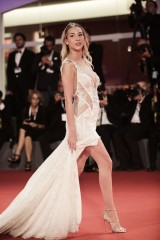 Alice-Campello---The-Summer-House-Premiere-Vettri.Net-048.md.jpg