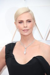 Charlize-Theron---92nd-Annual-Academy-Awards-Vettri.Net-01.md.jpg