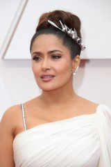 Salma-Hayek---92nd-Annual-Academy-Awards-Vettri.Net-05.md.jpg
