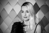 Margot-Robbie---Birds-of-Prey-World-Premiere-087.md.jpg Vettri.Net