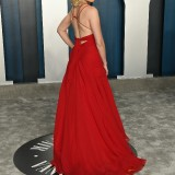Elizabeth-Banks---2020-Vanity-Fair-Oscar-Party-06
