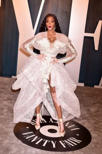 Winnie-Harlow---2020-Vanity-Fair-Oscar-Party-03.md.jpg Vettri.Net