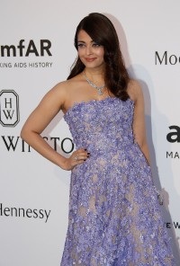 Aishwarya-Rai---Cannes-2015-amfARs-Cinema-Against-AIDS-Gala---17.md.jpg