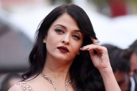 Aishwarya-Rai---Cannes-2016---The-BFG-Premiere---31.md.jpg