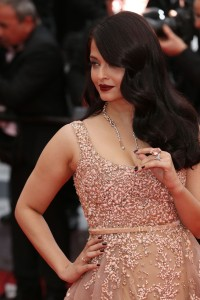 Aishwarya-Rai---Cannes-2016---The-BFG-Premiere---41.md.jpg