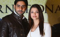 Aishwarya-Rai---The-Unforgetable-Tour-Photocall-05.md.jpg
