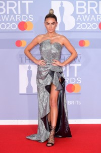 Amber-Davies---BRIT-Awards-2020-04.md.jpg