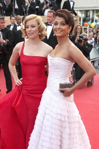 Elizabeth-Banks---Cannes-2009-Up-Premiere---57.md.jpg