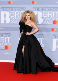 Tallia Storm BRIT Awards 2020 03