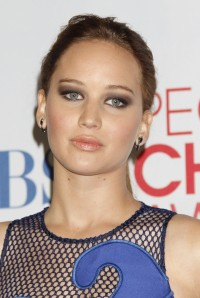 Jennifer-Lawrence---2012-Peoples-Choice-Awards-Press-Room-09.md.jpg