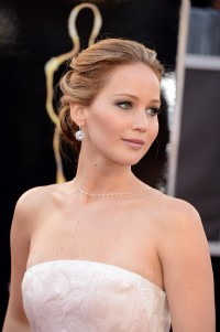 Jennifer-Lawrence---85th-Academy-Award-Arrivals-04.md.jpg