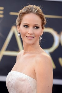 Jennifer-Lawrence---85th-Academy-Award-Arrivals-13.md.jpg
