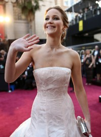 Jennifer-Lawrence---85th-Academy-Award-Arrivals-54.md.jpg