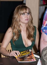 Jennifer Lawrence The Hunger Games Cast Signing 75