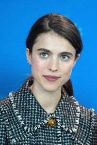 Margaret-Qualley---Berlinale-2020---My-Salinger-Year-Photocall-03.md.jpg