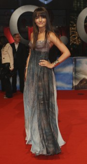 Camilla-Belle---10000-BC-German-Premiere-07.md.jpg