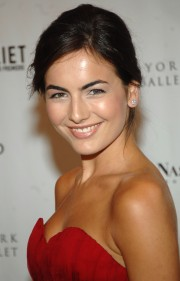 Camilla-Belle---Premiere-of-of-Romeo-Juliet-01.md.jpg