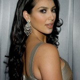 Kim-Kardashian---Hollywood-Life-Style-Awards-25