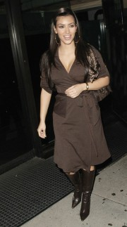 Kim-Kardashian---At-Mr-Chow-In-Beverly-Hills-02.md.jpg