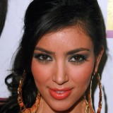Kim-Kardashian---Claudia-Jordans-Birthday-Party-03