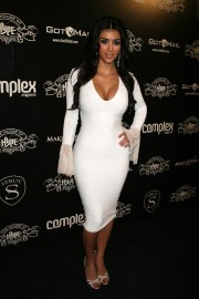 Kim-Kardashian---House-of-Hype-Pre-Grammy-Party-06.md.jpg