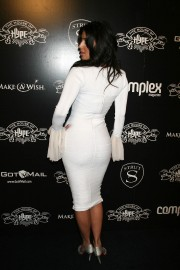 Kim-Kardashian---House-of-Hype-Pre-Grammy-Party-08.md.jpg