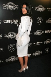 Kim-Kardashian---House-of-Hype-Pre-Grammy-Party-09.md.jpg
