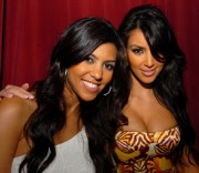 Kim-Kardashian---New-Years-Eve-Celebration-at-Mansion-Nightclub-17.md.jpg