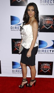Kim-Kardashian---The-Championship-Gaming-Series-Kick-Off-Party-05.md.jpg