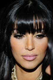 Kim-Kardashian---New-Years-Eve-celebration-PURE-Nightclub-07.md.jpg