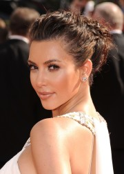 Kim-Kardashian---62nd-Annual-Primetime-Emmy-Awards-04.md.jpg