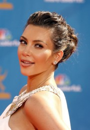 Kim-Kardashian---62nd-Annual-Primetime-Emmy-Awards-07.md.jpg