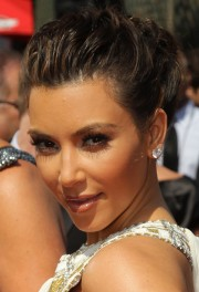 Kim-Kardashian---62nd-Annual-Primetime-Emmy-Awards-39.md.jpg