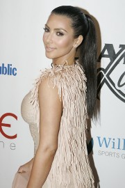 Kim-Kardashian---Leather-and-Laces-Super-Bowl-Party-11.md.jpg