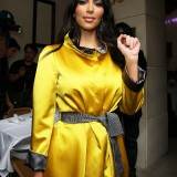 Kim-Kardashian---Photoshoot-at-Luxe-Hotel-21
