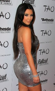 Kim-Kardashians-30th-Birthday-at-TAO-at-The-Venetian-11.md.jpg