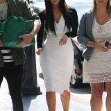 Kim-Kardashian-Heads-to-a-Meeting-in-Beverly-Hills-2012-01