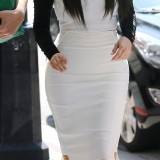 Kim-Kardashian-Heads-to-a-Meeting-in-Beverly-Hills-2012-02