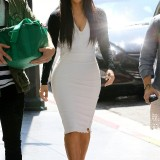 Kim-Kardashian-Heads-to-a-Meeting-in-Beverly-Hills-2012-03