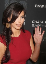 Kim-Kardashian---2011-The-Huffington-Post-Game-Changers-Awards-11.md.jpg