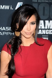 Kim-Kardashian---2011-The-Huffington-Post-Game-Changers-Awards-25.md.jpg